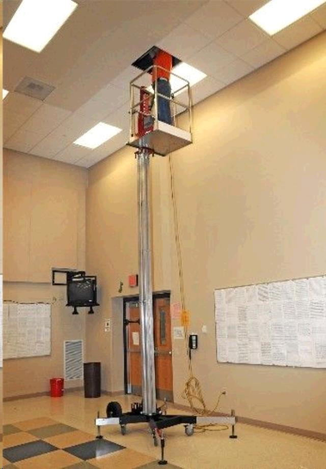 LIFT SINGLE MAN 19 FOOT POWERLIFT PL60 Rentals Ft  Collins CO, Where