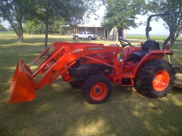 Where to find TRACTOR, KUBOTA L3200 W  LOADER in Ft. Collins